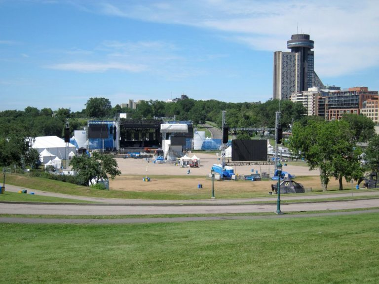 Solotech Flies K1 for Quebec City Summer Festival