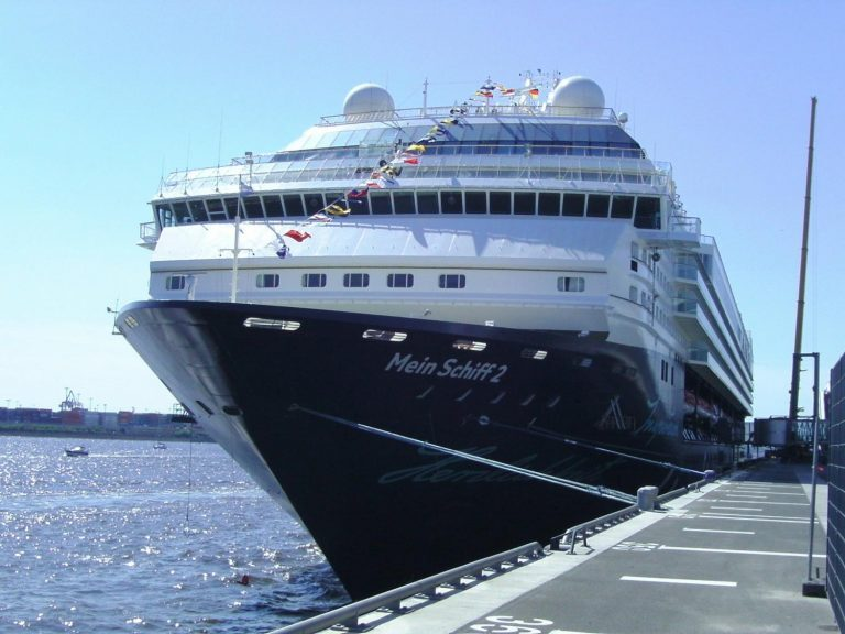 L-ACOUSTICS KARAi makes waves in new cruise ship installation