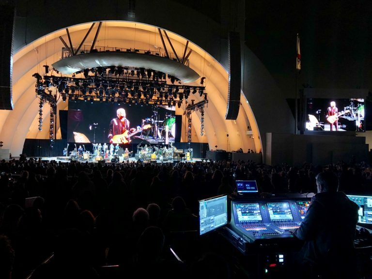 "Paul Simon Front of House Engineer Is At ""Home"" On Yamaha PM10"