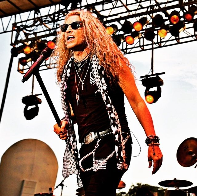 Mitch Malloy and Great White Rock on with Lectrosonics