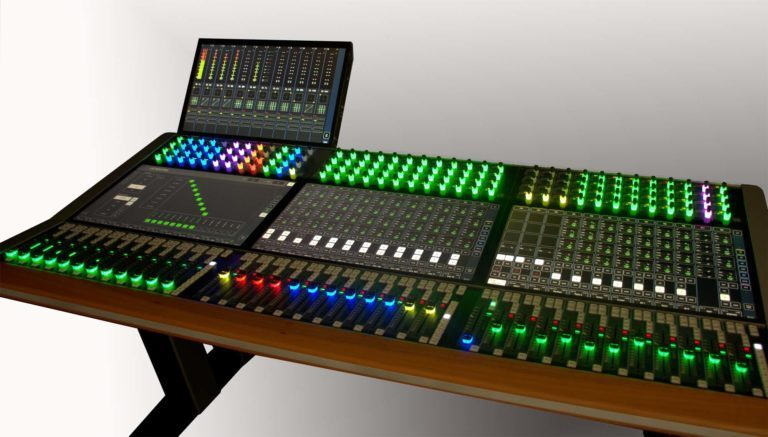 ISE: Stage Tec's IP Console AVATUS in Theater Version