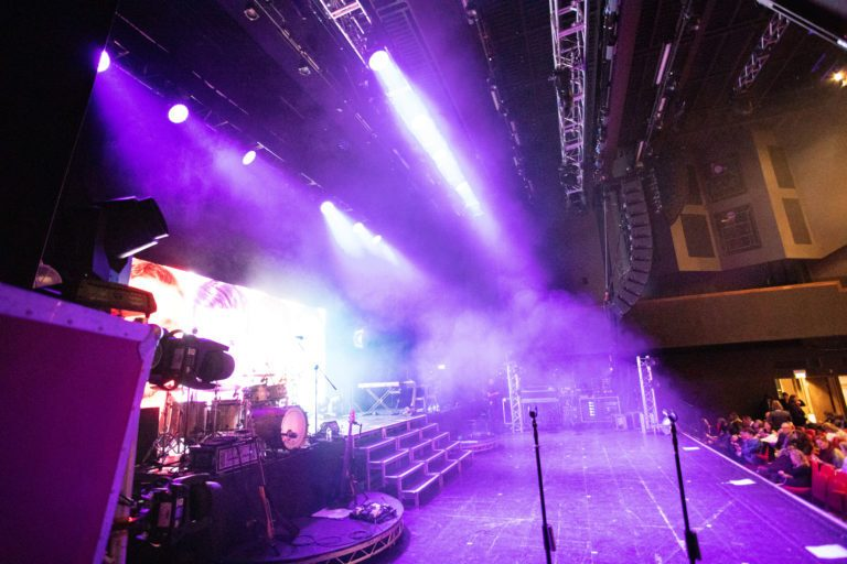 The Overtones hit all the right notes on tour with Electro-Voice X-Line Advance and Dynacord TGX