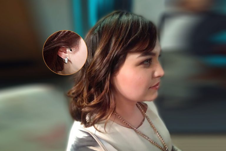 Televisa actors wear EMBRACE™ microphones concealed at the ear
