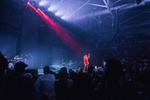 Spectrum and d&b audiotechnik support Kelsea Ballerini tour