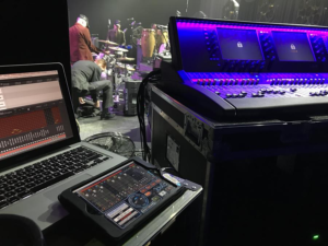 JoeCo BLACKBOX helps to take Derek Ryan to number one