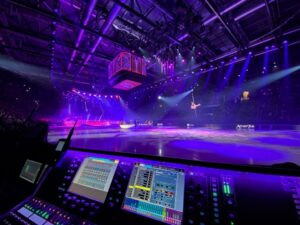 DLIVE HITS THE RINK FOR ART ON ICE