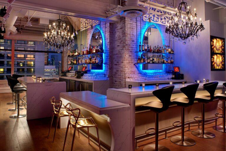 Lizzie's Starlight Bar Area