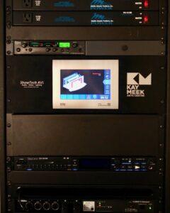 Grosvenor Theatre installs first d&b R90 touchscreen remote control unit in Canada.
