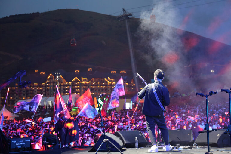 Chinese music fans are reacquainted with live outdoor music and the clarity and power of L-Acoustics K1 at the 2020 Midi Music Festival.