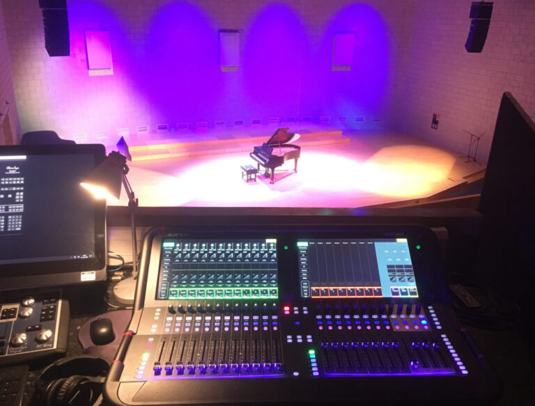 ALLEN & HEATH AVANTIS POWERS LIVE STREAMS AT WILTSHIRE MUSIC CENTRE