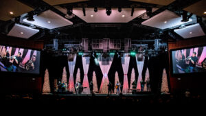 """L-Acoustics L-ISA Brings River Pointe Church Pastor and Congregation """"Closer"""""""