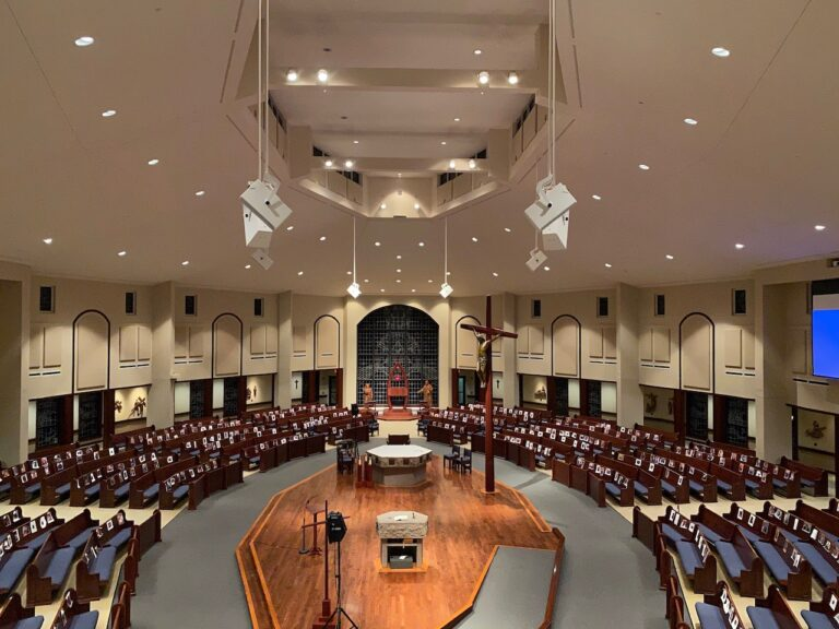 The Church of Holy Apostles Taps APAV Solutions for d&b Y- and V-Series loudspeaker systems.