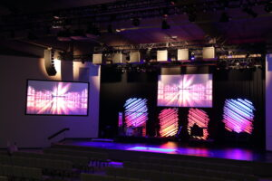 Lancaster Evangelical Church clear about beliefs and the sound of their service with d&b Y-Series loudspeaker system.